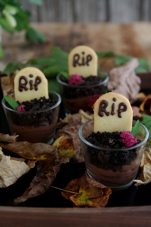 Bicchierini cimiteriali